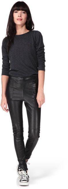Pin for Later: 44 Alternatives à la Collection Balmain x H&M  Samsoe & Samsoe - Pantalon cuir noir (529€)