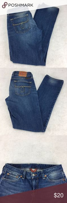 "Lucky Brand Jeans Lola Straight Size 8/29 Primrose Brand:  Lucky Brand Size:  8 / 29 Condition:  Gently Worn - Factory Distressed - See Photos Material:  99% Cotton; 1% Spandex Color: Medium Wash Denim Waist: 32"" (16"" x 2)   Rise 8"" Inseam: 32"" Care Tag:  Machine Washable Extra Information:   Traditional 5 pocket; zipper with button closure; 6 belt loops Lucky Brand Jeans Straight Leg"