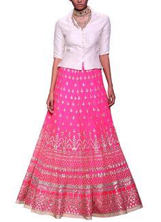 Online shopping for Lehenga, Lehenga Choli sets from top Indian designers. Also buy the latest collection of Indian bridal lehengas & wedding lehengas Indian Fashion Designers, Indian Designer Outfits, Indian Outfits, Indian Clothes, Lehenga Choli, Sari, Dress Skirt, Midi Skirt, Indian Bridal