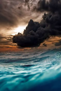 Waves and storm clouds by Nikos Bantouvakis All Nature, Amazing Nature, Beautiful Sky, Beautiful World, Images Lindas, Landscape Photography, Nature Photography, Storm Clouds, To Infinity And Beyond
