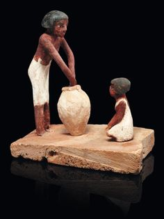 Egyptian Beer Brewing Model Made of wooden polychrome stucco; a woman brews beer while a young boy watches. Circa late Old Kingdom to Middle Kingdom. Life In Ancient Egypt, Ancient Egyptian Art, Ancient Aliens, Ancient History, Egyptian Artwork, Ancient Greece, Beer History, History Books, Egypt Art