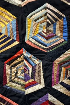 I love the great geometric design on this quilt - vintage, yet modern!
