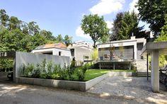 1229 zwei Einfamilienhäuser, Neubau   a.punkt architekten