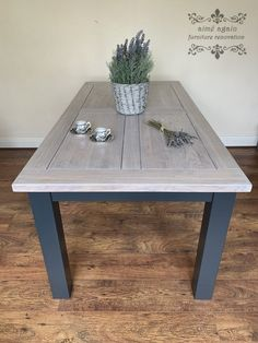 Dining Table Upcycle, Dining Table Makeover, Grey Dining Tables, Grey Table, Dining Room Table, A Table, Grey Stained Wood Table, Painted Oak Table, Refinished Table