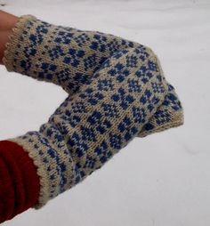 hand knitted latvian traditional gray blue wool  mittens, patterned gray blue gloves, arm warmer, ethnic style mittens