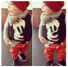 I love mickey mouse.so this is beyond my fav!! Neymar would be so adorable with this outfit.
