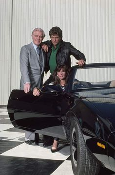 David Hasselhoff, Patricia McPherson, Edward Mulhare, and Peter Parros in Knight Rider 80 Tv Shows, Old Shows, Patricia Mcpherson, Kitt Knight Rider, Mejores Series Tv, Nostalgia, Tv Show Casting, Sci Fi Tv, Baywatch