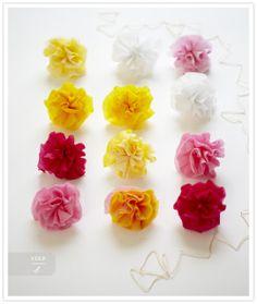 Craft Time! Super Simple DIY Flower Garlands