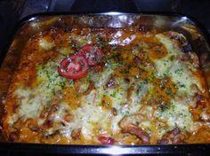 Das perfekte Gyros überbacken in Metaxasoße-Rezept mit einfacher Schritt-für-Schritt-Anleitung: Fleisch schnetzeln und mit Olivenöl und Gyrosgewürz…
