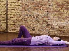 Gerincsérvre nem megoldás a műtét! Avagy hogy tornázd ki magadból a fájdalmat! + videó Fitness Tips, Health Fitness, Leslie Sansone, Morning Yoga, Sciatica, Tai Chi, Back Pain, Pilates, Health Tips