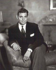 Clark Gable....sans moustache