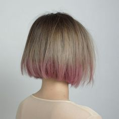 Two toned hair for bob (Ash blond, pink)
