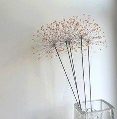 Wire Crafts, Metal Crafts, Crafts To Do, Wire Flowers, Beaded Flowers, Paper Flowers, Chicken Wire Sculpture, Wire Tree Sculpture, Copper Wire Art