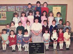 School Daze, Old School, Class Pictures, School Photos, Primary School, Old Photos, History, Caption, 1980s