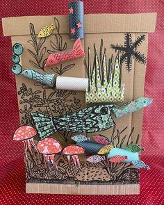 Jeu de billes en carton (marble run machine) A little cardboard, rolls of PQ, pretty paper . Recycled Crafts, Diy And Crafts, Arts And Crafts, Cardboard Crafts, Paper Crafts, Cardboard Rolls, Letters Tattoo, Diy For Kids, Crafts For Kids