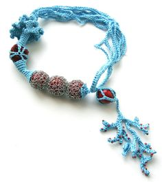 wonderful crochet necklace by http://www.flickr.com/photos/jane_bo/3729138952/