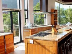 Wavesong Nature's Valley - Directly on the beachfront, Wavesong Nature's Valley is a modern, spacious two storey home with ocean and mountain views, six luxurious bedroom suites, a large children's den and a lift for .