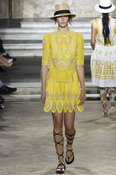 Temperley London Spring 2016 Ready-to-Wear Collection Photos - Vogue  http://www.vogue.com/fashion-shows/spring-2016-ready-to-wear/temperley-london/slideshow/collection#16