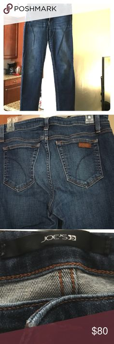 Joes jeans Straight leg size 29 Joes jeans. They have been worn, but are still in good condition. The color has slightly faded in the thigh area for a more distressed look. Good condition, just don't fit me anymore. Joe's Jeans Jeans Straight Leg
