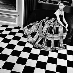 Balenciaga gown, 1950s. Photo by Georg Oddner.