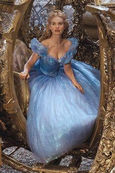 Lily James as Cinderella, Cinderella 2015 Cinderella Live Action, Cinderella Disney, Cinderella Dresses, Disney Dresses, Cinderella Costume, Cinderella Movie 1950, Disney Live, Lily James, Cinderella Aesthetic