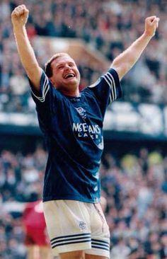Gazza scores v Aberdeen Rangers Football, Rangers Fc, English Legends, Glasgow, Champion, Aberdeen, Running, Sports, People