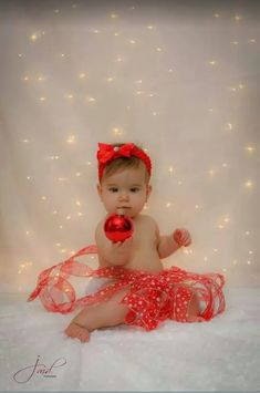 Holiday Photography Simple 63 Ideas For 2019 Holiday Photography, Baby Girl Photography, Christmas Photography Kids, Food Photography, Xmas Photos, Holiday Pictures, Baby Christmas Pictures, Xmas Pics, Baby Girl Pictures