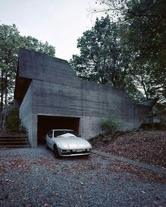 Architecture of Doom: Photo Concrete Architecture, Residential Architecture, Minimalist Architecture, Interior Architecture, Concrete Design, Brutalist, Exterior Design, Building, Porsche 924s