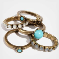 I love the vintage vibe of these stackable rings!