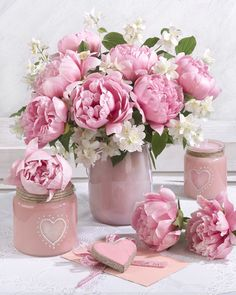 - Growing Peonies - How to Plant & Care for Peony Flowers Beautiful Flower Arrangements, Pretty Flowers, Pretty In Pink, Pink Flowers, Artificial Floral Arrangements, Pink Peonies, Pink Roses, Peony Flower, Flower Vases