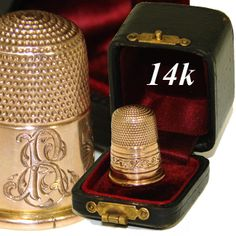 Fine Antique Victorian 14K Gold Marked Sewing Thimble in Original Case, Etui