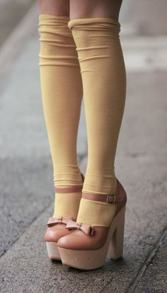 High knee socks and heels well with those legs and shoes. Sock Shoes, Cute Shoes, Me Too Shoes, Shoe Boots, Socks And Heels, Knee High Socks, Bow Heels, Pink Heels, Shoes Heels