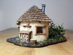 Fairytale house / gnome house / fairy house light of – Backyard & Garden Design Cottage Garden Design, Backyard Garden Design, Diy Garden, Mini Fairy Garden, Fairy Garden Houses, Clay Houses, Ceramic Houses, Miniature Fairy Gardens, Miniature Houses