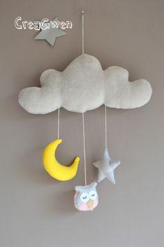 Déco chambre enfant, Mobile dans les nuages est une création orginale de creagwen sur DaWanda