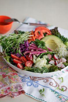 super salad w/ dressing & fork