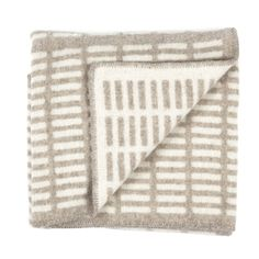 siena blanket, natural-white by artek.