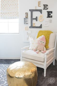 Mom's Best Network: Vintage Modern Kids Room Makeover Reveal featuring Caitlin Wilson Textiles, Britt Bass, Land of Nod, Baby Swag and more!