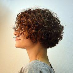 Short Wavy Hair, Curly Hair Cuts, Curly Hair Styles, Bob Haircut Curly, Short Layered Haircuts, Inverted Bob Hairstyles, Bob Hairstyles For Fine Hair, Hair Styles For Women Over 50, Short Hair Cuts For Women
