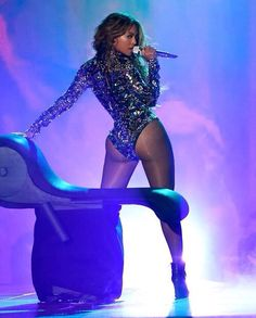 Bow down bitches #booty #curves #beyonce