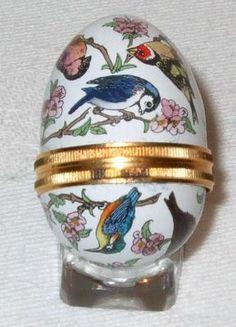 Halcyon Days Enamel Birds Egg New Boxed Easter Bunny, Easter Eggs, Halcyon Days, Trinket Boxes, Jars, Dresser, Enamel, Ebay, Porcelain Ceramics