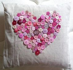 Image detail for -valentine crafts: crochet heart, buttons heart pillow for valentine . Valentines Bricolage, Valentine Crafts, Be My Valentine, Holiday Crafts, Valentine Pillow, Funny Valentine, Crochet Crafts, Sewing Crafts, Sewing Projects