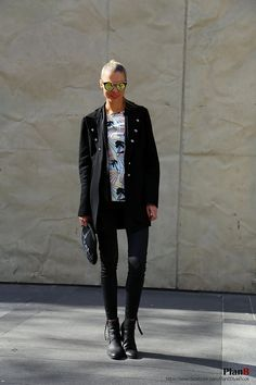 Melbourne fashion blogger   THE TREND SPOTTER  DASHA!   http://www.thetrendspotter.net/ https://www.facebook.com/Thetrendspotter http://instagram.com/thetrendspotter#  #melbourne #melbourne fashion #melbourne street fashion #degraves #fashion #style #fashion blogger #fashion blog #street fashion #fashion photography