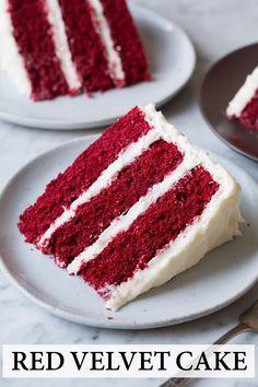 Best Ever Red Velvet Cake! Soft, moist, fluffy and perfectly rich. Best Ever Red Velvet Cake! Red Velvet Cake Moist, Vegan Red Velvet Cake, Southern Red Velvet Cake, Red Velvet Cheesecake Cake, Bolo Red Velvet, Red Velvet Recept, Rich Cake, Cream Cheese Recipes, Cake With Cream Cheese