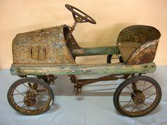 Vintage Pedal Car c1930.  Dimension : 66 cm Long.  Condition : Fair.