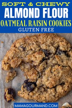 gluten free oatmeal raisin cookies Almond Flour Oatmeal Raisin Cookies recipe are a gluten free way to get that homemade cookie fix! These easy cookies taste just like old fashioned oatmeal cookies baked with raisins or chocolate chips. Sugar Free Oatmeal, Healthy Oatmeal Cookies, Gluten Free Oatmeal, Oatmeal Cookie Recipes, Oatmeal Chocolate Chip Cookies, Chocolate Chips, Chocolate Ganache, Cookies Sans Gluten, Almond Flour Cookies