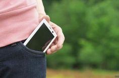 Roban el celular a niña de 12 años afuera de su casa