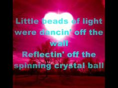 ▶ Chris Young - Center Of My World - YouTube such a cute song ah so many good country songs