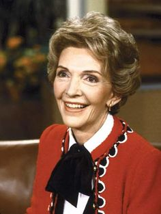 "Nancy Reagan - Actress and wife of Ronald Reagan founded ""Just Say No"" anti-drugs campaign and Former First Lady Nancy Reagan has died on of congestive heart failure, Fox News is reporting. She was 94 years old. Reagan was the wife of President 40th President, President Ronald Reagan, Americans For Prosperity, Helen Williams, Presidents Wives, American Presidents, American First Ladies, Nancy Reagan, The Wedding Singer"