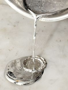 liquid silver. Plata líquida. Top Pinterest pick by RetoxMagazine.com