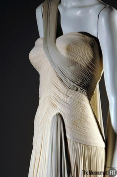 Designer: Grès  Medium: Ivory and gray matte silk jersey  Date: 1950-51  Country: France